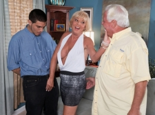 Scarlet And The Happy Cuckold