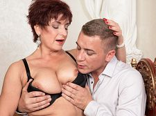 Jessica Hot receives some valuable boob lovin'