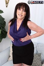 71-year-old Christina's 1st on-camera XXX