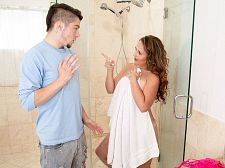 Brandii takes a shower with her son's most outstanding friend